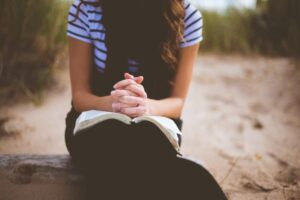 Read more about the article Living the Mom Life 5: A New Passion for Prayer