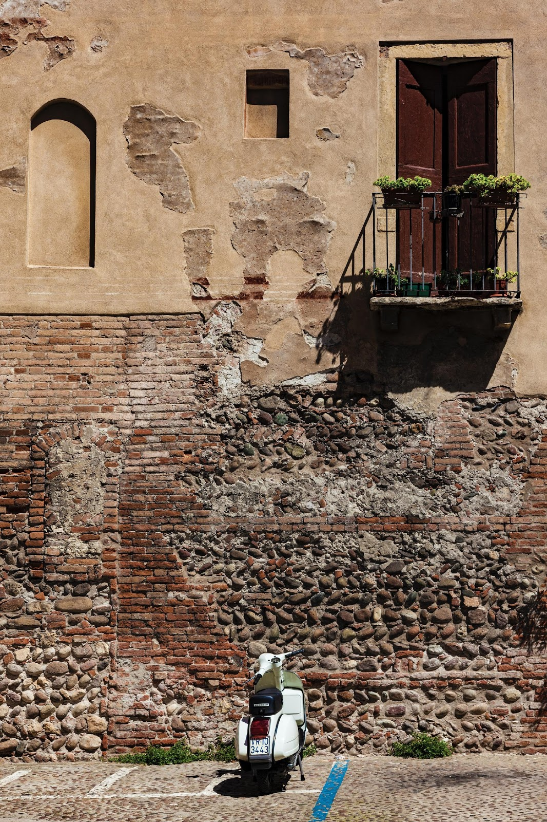 Interactive Devotion for Couples 3: Tearing Down Walls